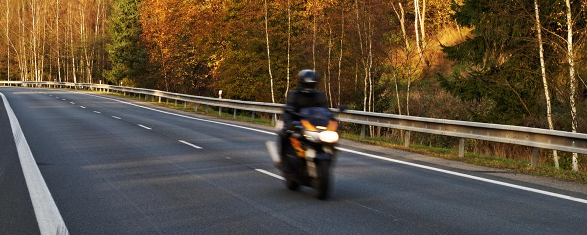 MOTOR & MOTORCYCLE